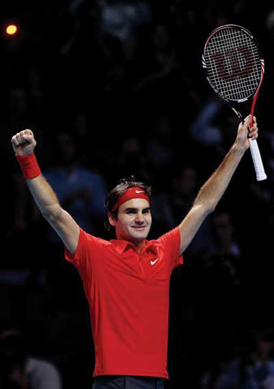 Wilson_Federer-World-Finals.jpg
