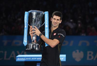 HEAD_Djokovic_WTF_2014_trophy.jpg